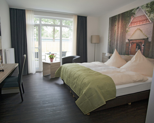ringhotel alfsee piazza in rieste niedersachsen ringhotels. Black Bedroom Furniture Sets. Home Design Ideas